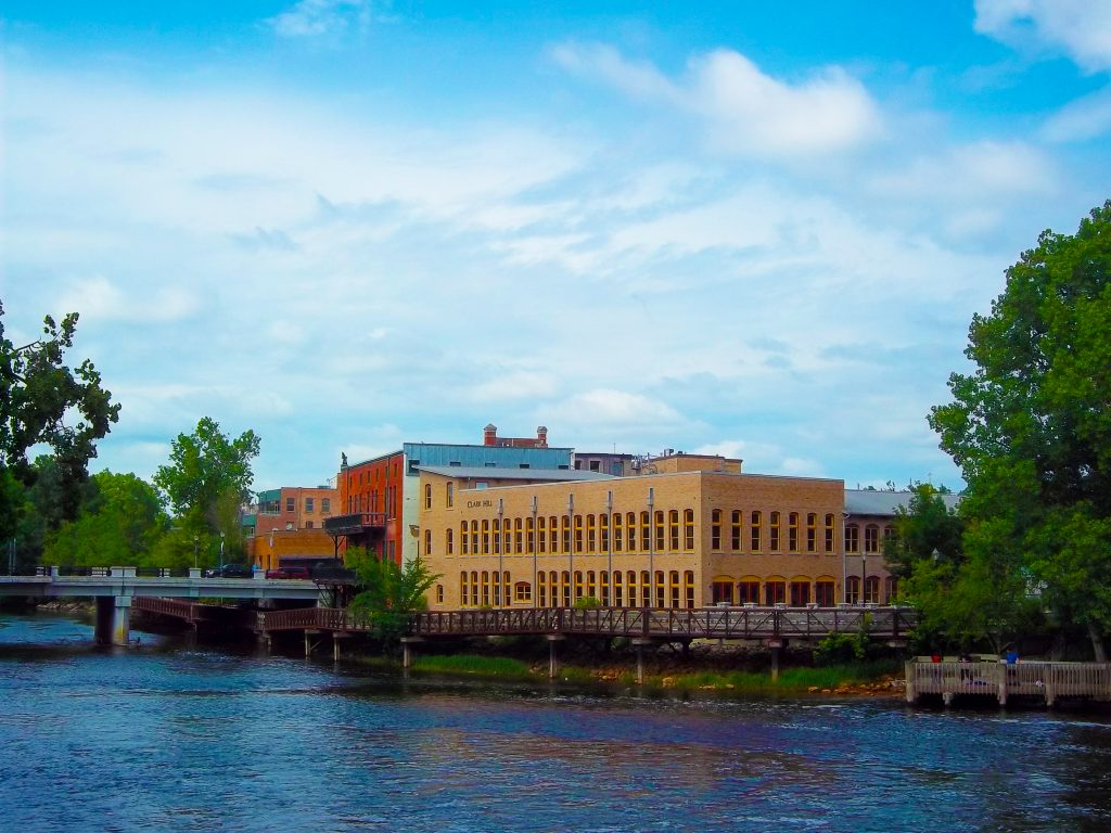 Old Town Lansing, the Grand River